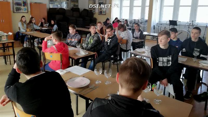 Aktywnie rekrutują gimnazjalistów