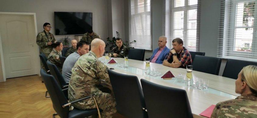 Burmistrz Drawska gościł żołnierzy USA