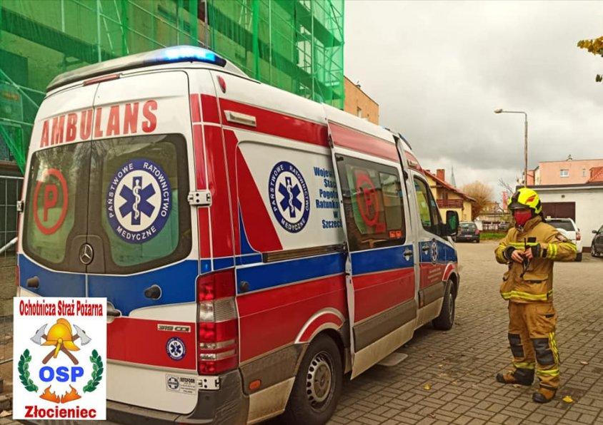 Człowiek dostał zawału serca na rusztowaniu. Konieczna była pomoc ratowników i strażaków