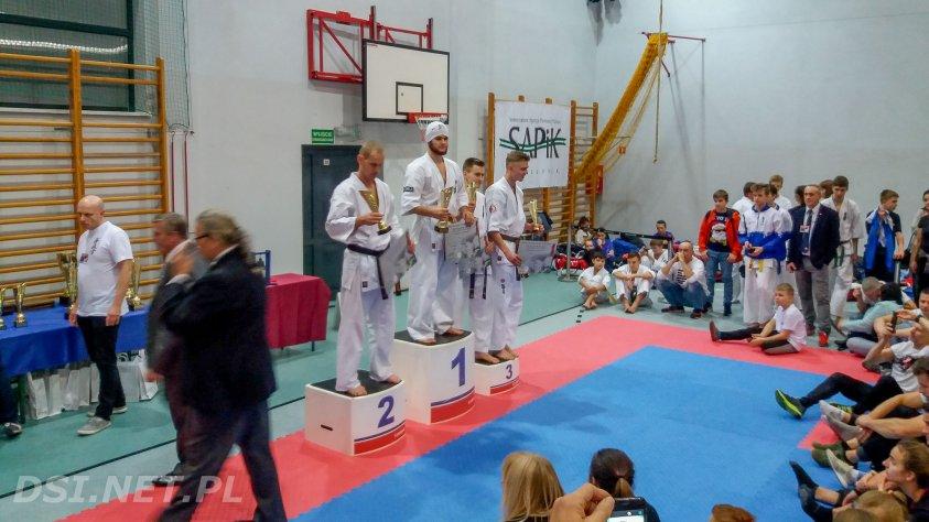 Jakub Pawłowicz z kontuzją zdobywa brąz w kumite podczas Pucharu Polski Kyokushin Karate