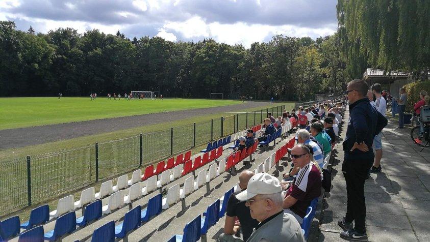 Nowy drawski klub piłkarski KP Drawsko pokonał Grom Giżyno 7:0