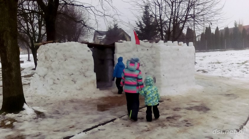 Powstała śnieżna twierdza