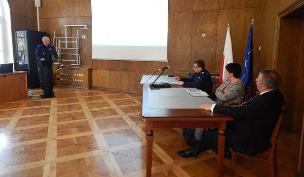 Spotkanie o bezpieczeństwie powiatu drawskiego