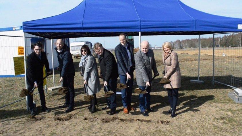 U sąsiadów w Łobzie powstanie nowy duży zakład na 100 osób
