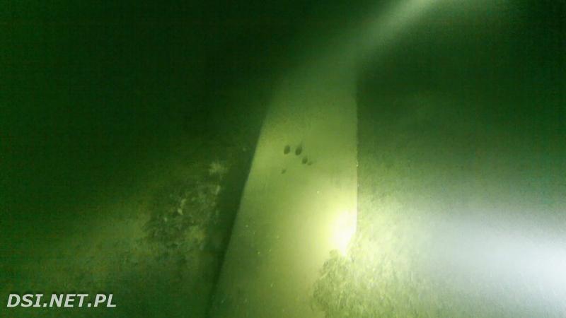 Odkryto kolejną dłubankę w głębinach jeziora Drawsko