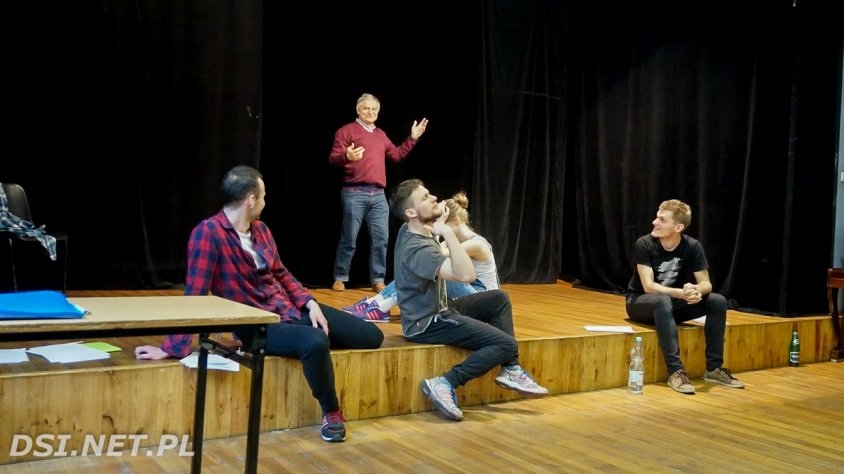 """Spacery """"Klepsydry"""" z kaliskiego Liceum po  krakowskich teatrach"""