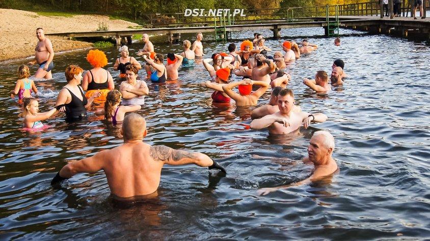 Lodołamacze rozpoczęli sezon zimnych kąpieli