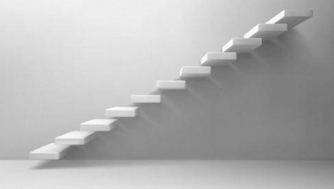 Schodołaz kroczący – jakie ma zalety oraz wady?