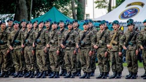 Święto Wojsko Lądowych w Parku Chopina – zobacz relacje z obchodów w Drawsku Pomorskim