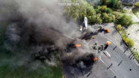 Zobaczcie niesamowite ujęcia katastrofy z drona podczas ostatnich ćwiczeń strażaków (foto i video)