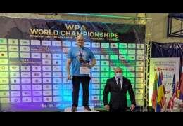 Zobacz video: Mariusz zdobył Mistrzostwo Świata WPA w Trójboju Siłowym. Przy tym ma rekord