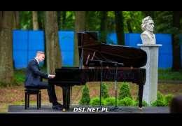Muzyka Chopina znów rozbrzmiała w drawskim parku