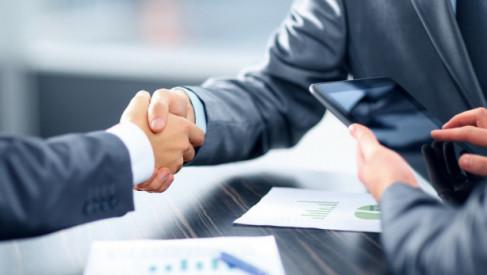 Od czego zależy koszt usługi notarialnej?