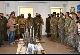 Jak wyglądali żołnierze przed laty. Wystawa w Centrum Szkolenia Wojsk Lądowych
