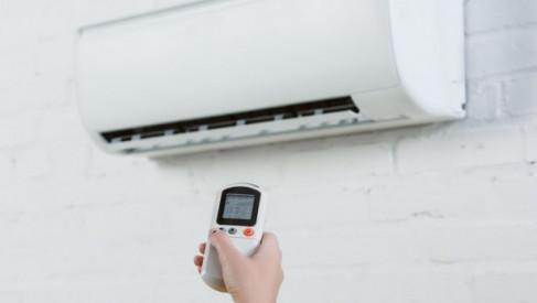 Klimatyzator przenośny używany przez cały rok? To możliwe!