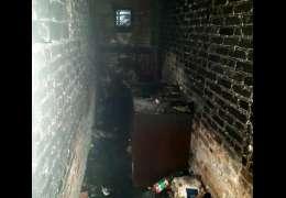 Na Tkackiej spłonęła piwnica. Nie ma poszkodowanych
