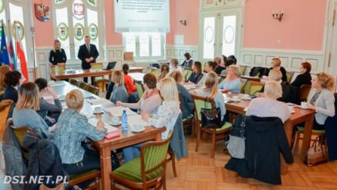 Na szkoleniu o zmianach w prawie pracy