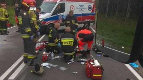 Wypadek na krajowej 10. Jedna osoba w stanie ciężkim.