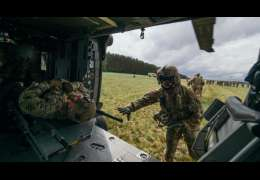 Żołnierze ćwiczyli procedurę ewakuacji rannych śmigłowcem