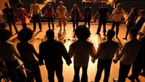 Zaczyna się projekt, w którym Ośrodek Kultury w Drawsku Pomorskim może Was zabrać w teatralną podróż