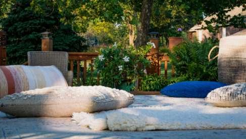 Dywany na taras- połączenie stylu i użyteczności