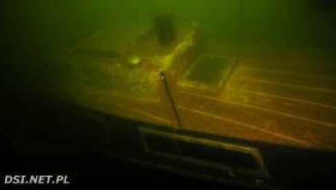 Namiar na zatopiony jacht - kolejna z podwodnych relacji w konkursie Bare