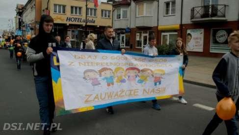 Dzień Godności Osób Niepełnosprawnych - marsz ulicami miasta