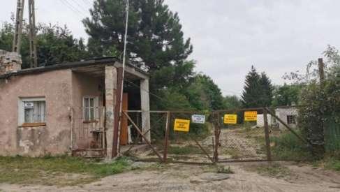 Rozbiórka budynków przy ul. Połczyńskiej w Drawsku i problemy ze szkodliwym azbestem