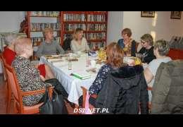 HIV I STALKING  jako dwa główne tematy Dyskusyjnego Klubu Książki w Kaliszu Pomorskim.