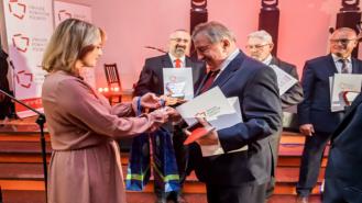 Starosta Drawski odebrał nagrodę. Powiat Drawski zajął II miejsce