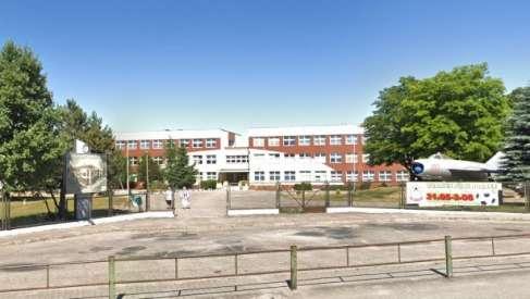 W Czaplinku będą naprawiać pokrycie dachowe w szkole przy Wałeckiej